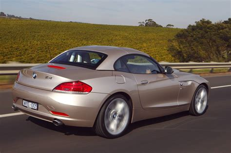 Bmw Z4 Review & Road Test  Photos (1 Of 14