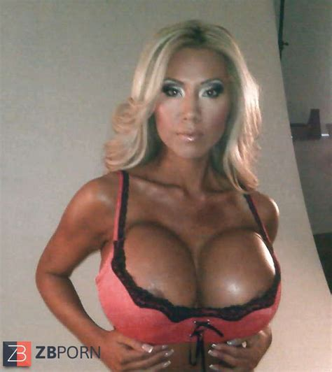 Huge Fake Titted Asian Fitness Model / ZB Porn