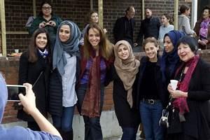 Muslim and Jewish community celebrate Succah in ...