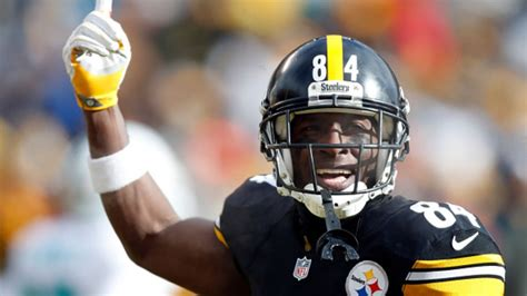 The Steelers' Antonio Brown Signs Deal With Facebook, May ...