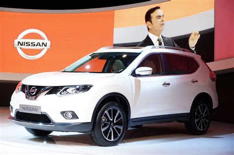 nissan rogue trail row seats third three totd idea nismo front compact trend motor motortrend crossover re carscoops frankfurt quarter
