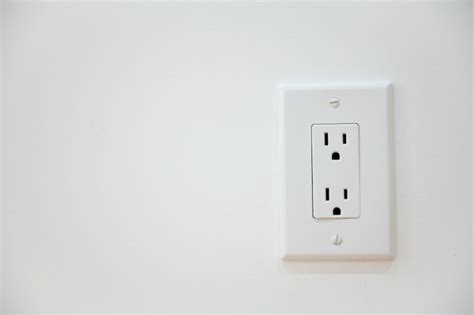 l post electrical outlet electrical outlet stopped working thriftyfun