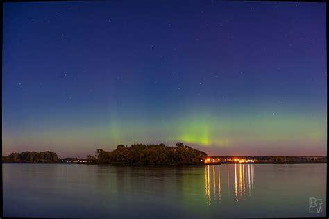 Amazing Auroras 12 Incredible Pics Of Rare Northern