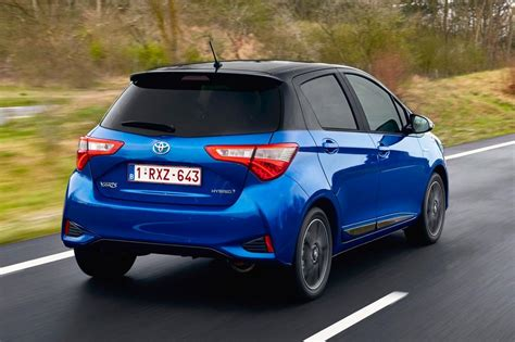 toyota yaris hybrid hatchback pictures carbuyer