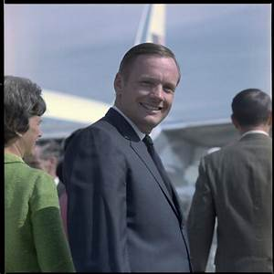 Neil Armstrong Wife Janet - Pics about space