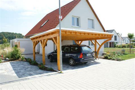 Flachdachcarport, Doppelcarport Mit Extensiver Dachbegrünung