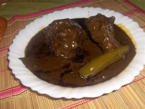 cuisine tunisienne mloukhia mlokhya ou ragout tunisien à base de corette
