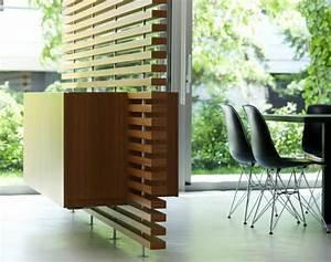 Raumteiler Aus Holz : 42 moderne modelle von trennwand aus holz ~ Indierocktalk.com Haus und Dekorationen