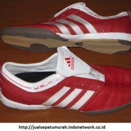 sepatu adidas penjualan sepatu futsal