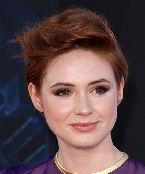 Karen Gillan Short Straight Casual Hairstyle   Dark Red