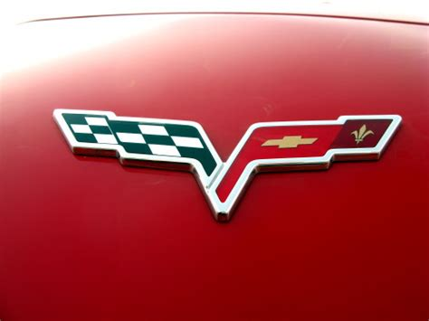 Cars With Logo by Chevy Logo Chevrolet Car Symbol Meaning And History Car