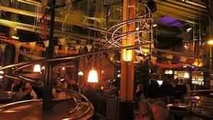 E Roller Hamburg : restaurant picture of rollercoaster restaurant hamburg ~ Kayakingforconservation.com Haus und Dekorationen