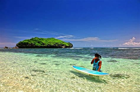 suka berlibur  pantai kamu wajib mengunjungi pantai