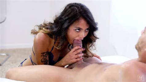 Passionate Sex With Amazing Brunette Lindsey Woods EPORNER