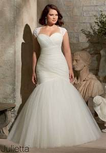 plus wedding gowns best style wedding dress for plus size 2017