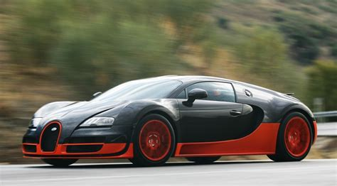 Bugatti Veyron 16.4 Super Sport (2011) Review