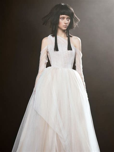 Vera Wang Spring 2018 Collection Bridal Fashion Week Photos