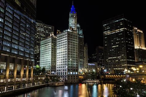 illinois leads  leed  greater energy management