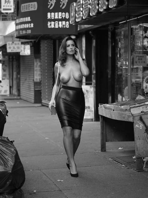 Naked Girls On The Streets Photos The Fappening Leaked Nude Celebs