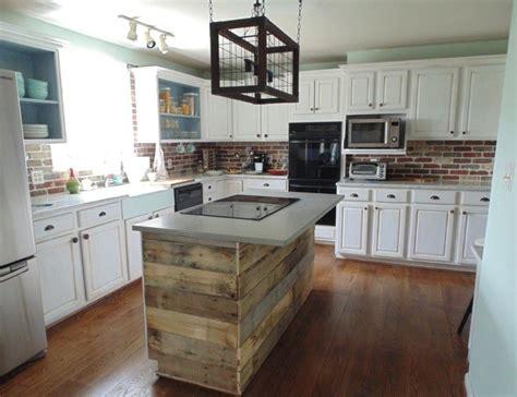 ilot cuisine palette îlot central en palette 32 idées diy pour customiser sa