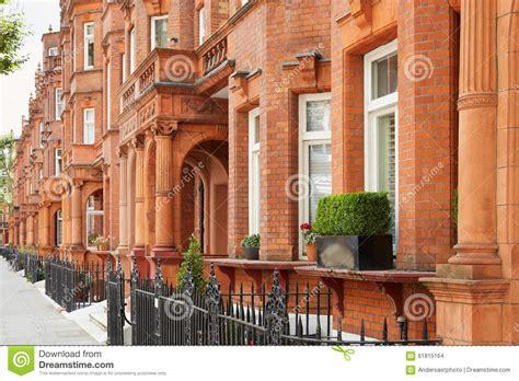 Case Dei Mattoni Rossi A Londra, Architettura Inglese