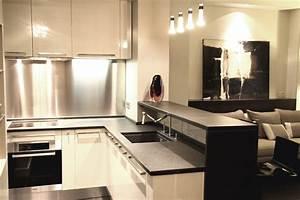 Cuisine ouverte sur salon petite surface cuisine bistro for Salle a manger noire pour petite cuisine Équipée