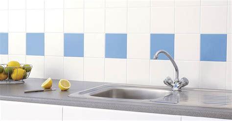 como limpiar los azulejos de cocina  facilidad
