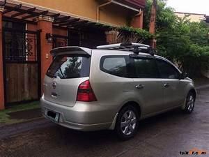 Nissan Grand Livina 2010