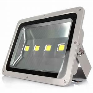 Amusing types of flood lights on w led light