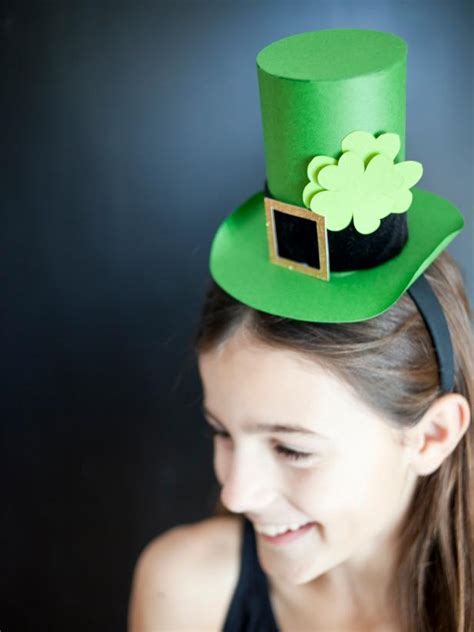 easy handmade ideas  st patricks day hgtv