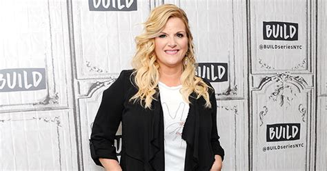 The best ideas for trisha yearwood christmas cookies. Trisha Yearwood Launches Christmas in a Cup Drink Mix ...