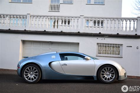 A Day With The Bugatti Veyron 16.4