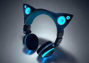 cat headphones axent wear cat ear headphones raise 770 000 in