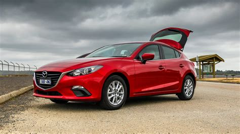 mazda   hatchback wallpapers hd high quality