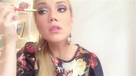 Макияж видео уроки онлайн. Видео уроки по макияжу смотреть онлайн
