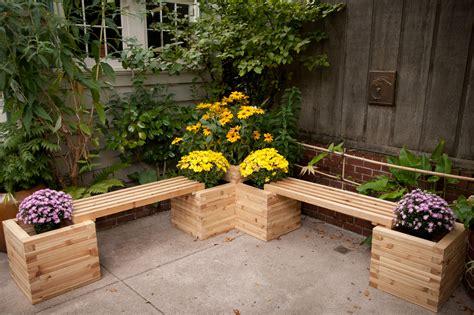 diy corner planters perfect  small gardens
