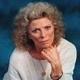 Obituary: Billie Whitelaw - BBC News