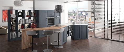 fabricant de cuisine haut de gamme cuisine bois sur mesure montmartre contemporaine sur mesure qualité haut de gamme
