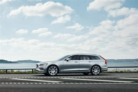volvo  wagon officially revealed  sweden
