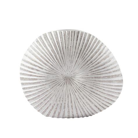 solde chambre bebe vase en polyrésine teintée h 55 cm ammonite maisons du monde