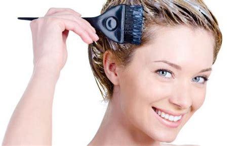 Easy Methods Of Dying Your Own Hair At Home