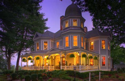 house with wrap around porch biltmore inn in asheville carolina b b rental