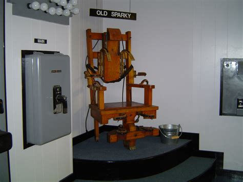 chaise électrique sparky this is the actual electric chair that was