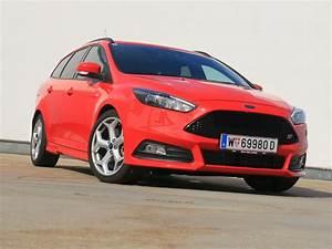 Ford Focus St 250 : foto ford focus 2 0 250 ps st traveller testbericht 013 ~ Farleysfitness.com Idées de Décoration