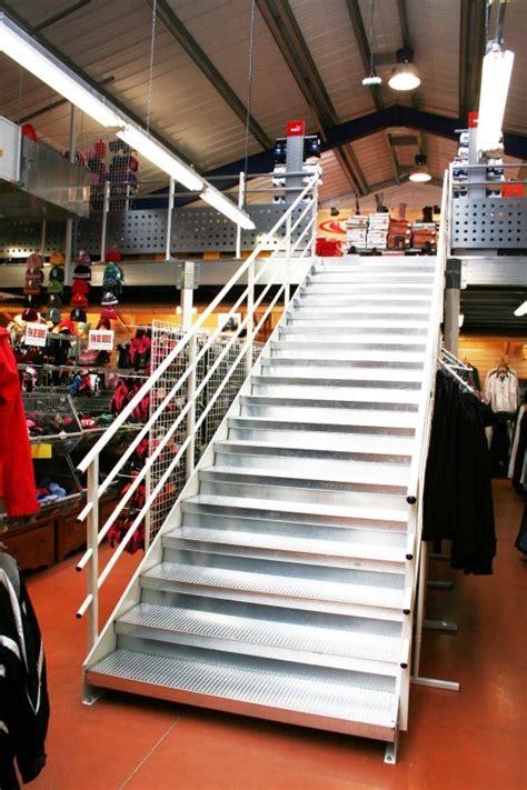 bureau erp escalier erp escalier mezzanine magasin erp