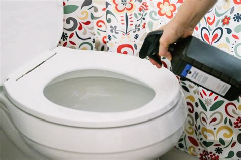 15 Toilet Cleaning Tips That You've Probably Never Heard
