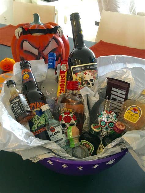 adult halloween gift basket prize halloween fun pinterest baskets gift baskets  halloween