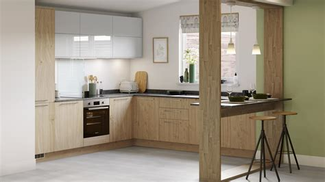 greenwich natural oak kitchen fitted kitchens howdens