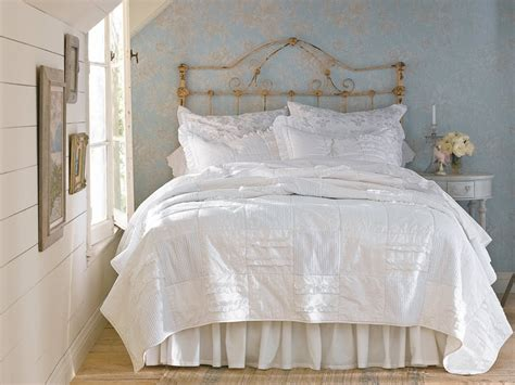 bed shabby chic bedroom shabby chic bedroom ideas