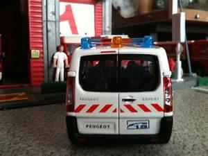 Auto Occas 35 : photos de miniatures de v hicules d 39 urgence page 136 auto titre ~ Medecine-chirurgie-esthetiques.com Avis de Voitures
